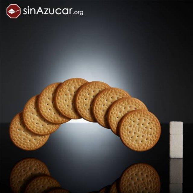 Ocho galletas María contienen 12 gramos de azúcar: 3 terrones.. SINAZUCAR.ORG